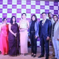 Cocoona-team-at-the-launch-of-Cocoona-Centre-For-Aesthetic-Transformation-in-New-Delhi-with-Gauahar-Khan-min-250x250